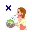 調理中におしゃべりをしたり、鼻や口をこすったりしない